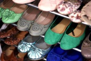 Praktikus cipőtárolás otthon